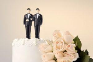 gay.wedding.cake_.thinkstock