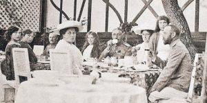 Александр Закатов: Николай II не любил икру, а любил картошку и пельмени