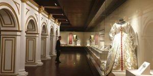 В Запретном городе в Пекине открылась выставка Музеев Московского Кремля