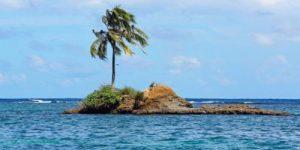 В Индонезии два острова ушли под воду из-за повышения уровня моря