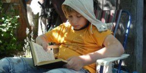 6 детских приключенческих книг, которые не дадут заскучать летом на даче
