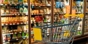 В Роспотребнадзоре предложили на вредные продукты ставить «черные метки»