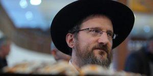 В связи с терактом в Барселоне лидер еврейской общины РФ призывает не поддаваться на провокации террористов, стремящихся расколоть общество