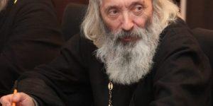 Протоиерей Евгений Соколов: Мы забыли, что труд - хороший воспитатель