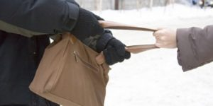 В Кемеровской области школьник помог задержать грабителя. Догнал на велосипеде