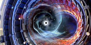 Большой адронный коллайдер способен создать черную дыру, заявили ученые