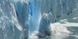 НАСА предупредило об опасности таяния ледников в Антарктиде