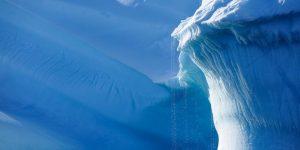 Последствие глобального потепления: тают самые старые льды Арктики