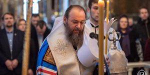 О важности принятия Таинства Крещения в истинной Церкви –  митрополит Антоний (Паканич) в праздник Крещения Господня.