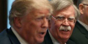 """Трампа оттесняют от власти: в Вашингтоне появился """"президент Болтон""""."""