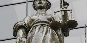 ВС РФ рекомендовал лишать родительских прав за вовлечение в секты