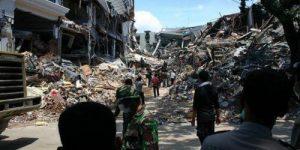 Спутник заснял момент разрушения индонезийского города Палу после землетрясения