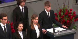 Перепрониклись… Почему российские школьники скорбят о «невинно погибших» солдатах вермахта