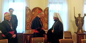В Москву прибыл госсекретарь Ватикана