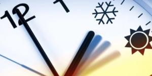 Плюсы и минусы возврата сезонного перевода часов оценил эксперт