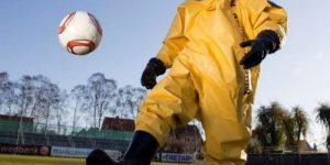 МИД Великобритании обратился в ФИФА с просьбой разрешить английской сборной играть на ЧМ по футболу в противогазах