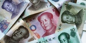 Bloomberg: уходя от доллара, Россия купила четверть мировых резервов юаня