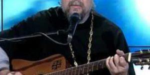"""Священник Андрей Гуров """"Бабочка в руке"""""""
