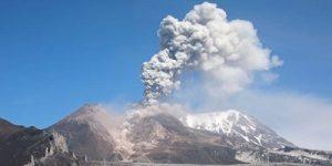 Ученые прогнозируют мощное извержение вулкана Шивелуч на Камчатке
