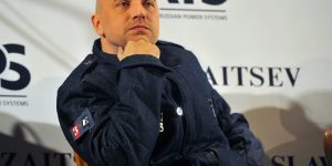 Захар Прилепин против фанатов «Голубого сала»