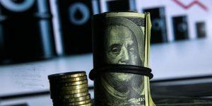 Кремль мечтает вылечиться от долларовой зависимости