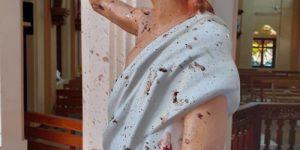 Католическая Пасха: взорванные церкви и отели - часть большой геополитической игры