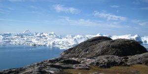 Миллиарды тонн в сутки: аномальная жара плавит ледники Гренландии