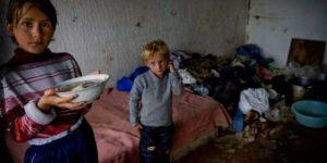 Страна без будущего: Росстат и Минтруд признали массовую детскую нищету в России
