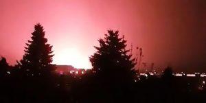 Жители Будапешта и Омска перед грозой засняли НЛО