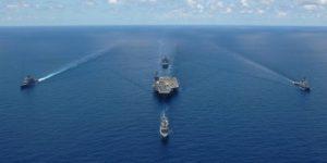 Китай разрешил своим ВМС атаковать американские корабли без предупреждения