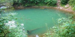 Голубое озеро - самая глубокая подводная пещера России