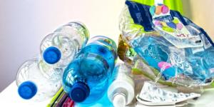 Ученые создали фермент, который с невероятной скоростью поглощает пластик