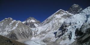 Наводнение из-за таяния ледников произошло в Гималаях
